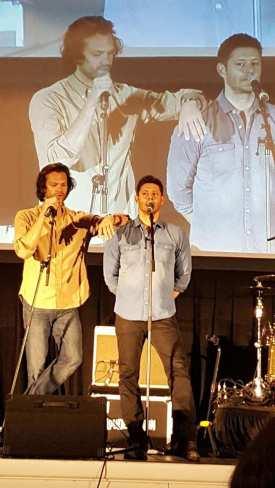 Jared Padalecki and Jensen Ackles speak at the Gold Ony Panel